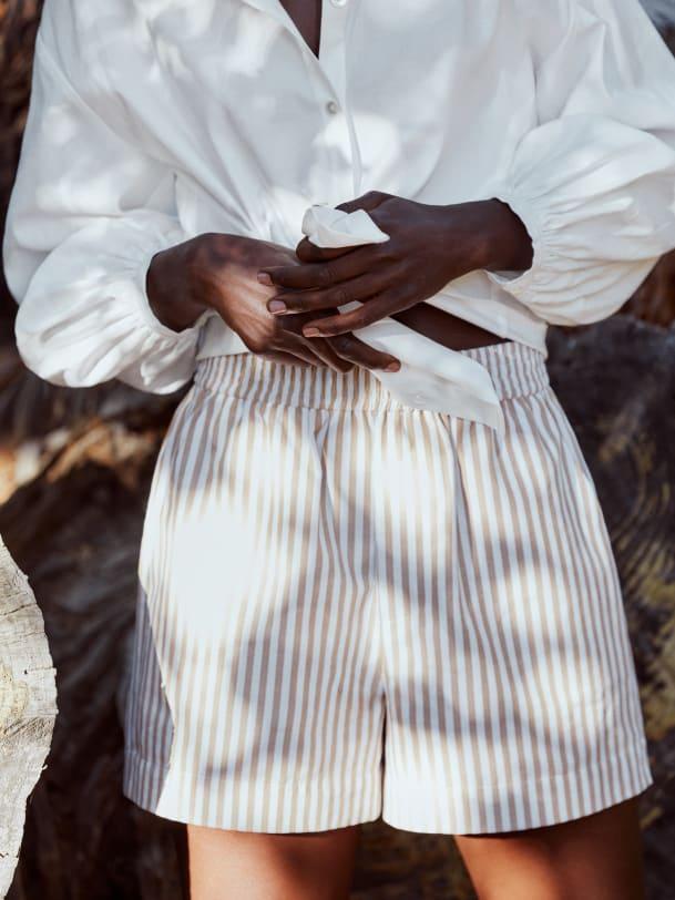리포메이션 반바지 Reformation Luna Short,Desert Stripe
