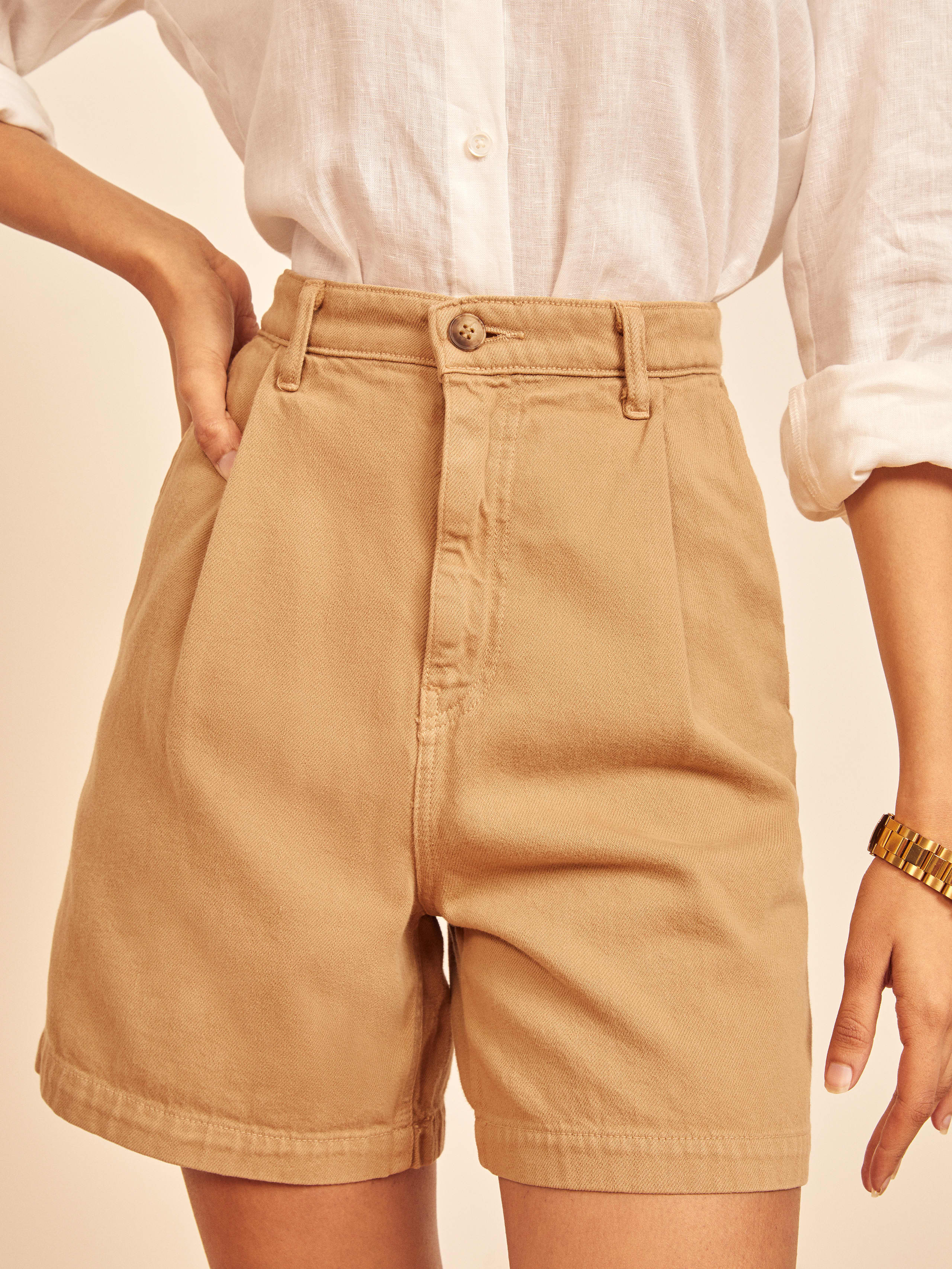 리포메이션 Reformation Keaton Trouser Short,Wheat